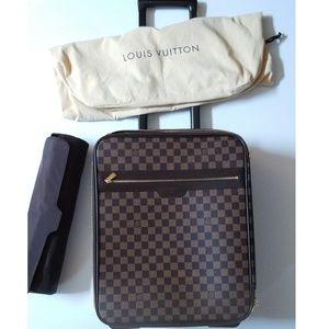 Louis Vuitton Damier Pegase 44 Luggage